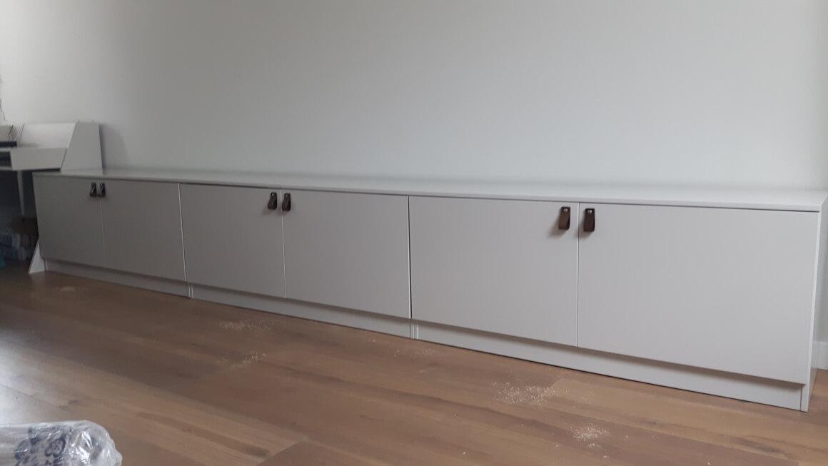 https://peterzoon.com/wp-content/uploads/2020/09/3.8-tv-meubel-of-opbergruimte-410-cm-lang.jpg